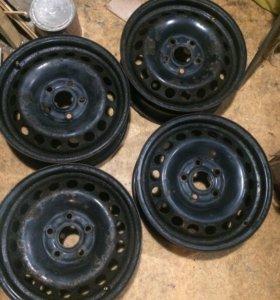 Диски колесные R15