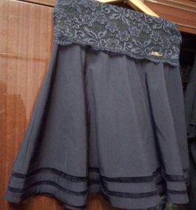 Продам юбку. По всем вопросам в личку)