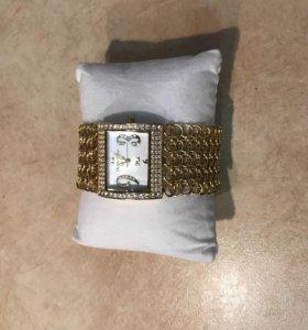 Часы Charles Delon