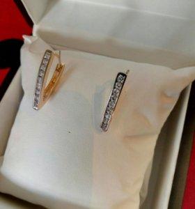 Серьги из Дубайского золота