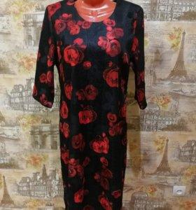 Платье с розами новое