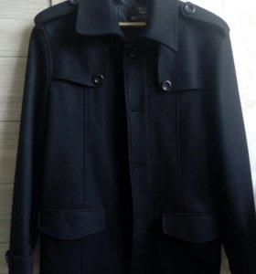Мужское пальто,одето пару раз!!! Размер L(46-50)