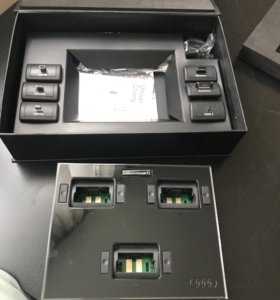 Док станция Audi (портативное зарядное устройство)