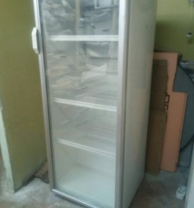 "Холодильник для магазина, типа ""Бирюса"""