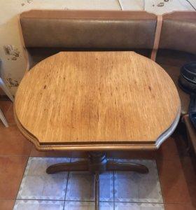 Стол дубовый+мягкий уголок в подарок