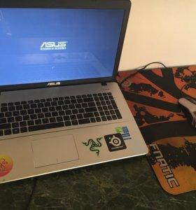 Продаю ноутбук i7