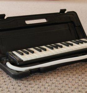 Мелодика 32 клавиши hohner student C94321