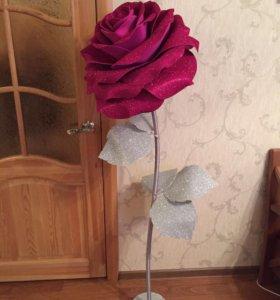 Ростовая роза из изолона (торшер)