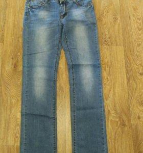 Женские джинсы и брюки 44-46