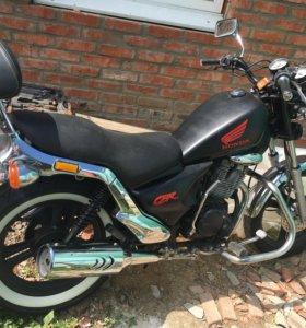 Мотоцикл.250 кубов.кореец.торг