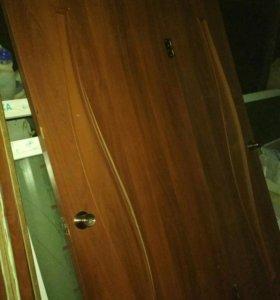 Двери межкомнатные 80 см с коробоми, наличниками