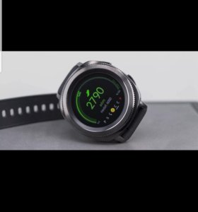 Часы SamsungGearSport.
