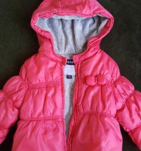 Курточка на осень 6-9 мес