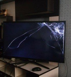 Телевизор на запчасти samsung UE39F5500A