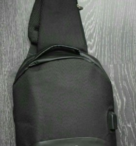 Сумка через плечо sheng черная с USB