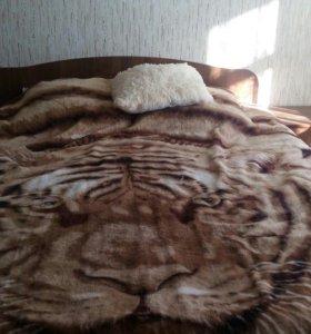 Кровать двуспальная+2 тумбы