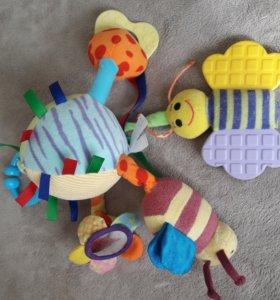 Развивающая игрушка для малыша