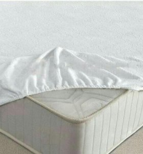 Наматрасник на детские кроватки