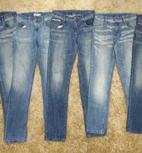 Пакет джинсов 10-13 лет