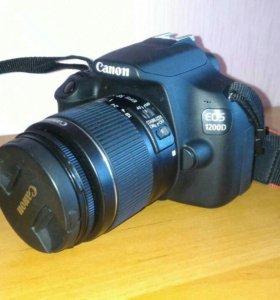 Зеркальный фотоаппарат Canon EDS 1200D