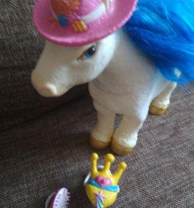Лошадка для детей (из набора)