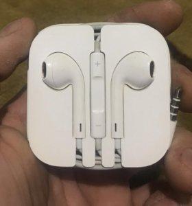 Наушник IPhone
