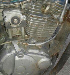 Двигатель на мотоцикл Lifan