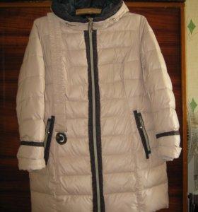 Пальто синтепоновое с капюшоном