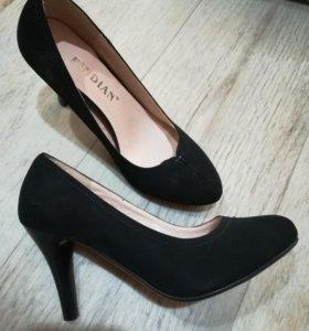 Туфли новые 600р