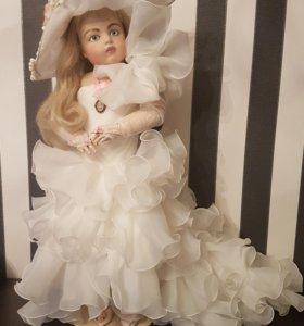 Огромная коллекционная кукла !!