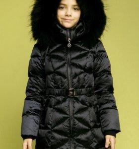 Пальто зимнее новое Kiwiland с 7-12лет