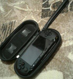 Игровая пристафка PSP