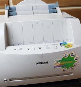 Принтер бу, в рабочем состоянии