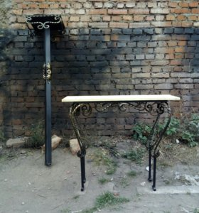 Кованый столик и скамейка