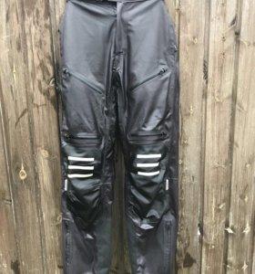 Мотоциклетные штаны Komine
