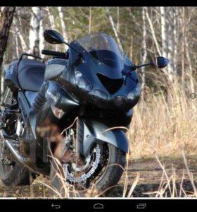 Мотоцикл Kawasaki ZZR1400