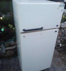 Холодильник Юрюзань 207