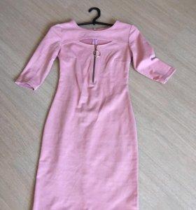Платье.40-42р.