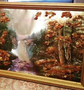 Интерьерная картина с янтарем