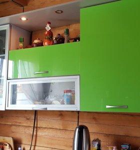 Кухонный гарнитур+тумба