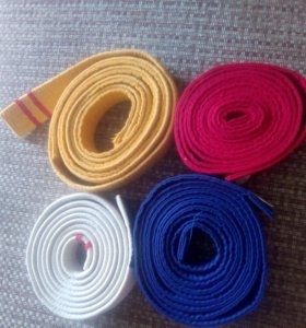 Продам пояса для каратэ:белый,синий,желтый,красный