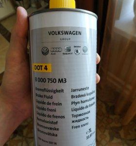 Тормозная жидкость Volkswagen Dot 4 000 750 M3