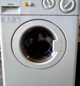 стиральная машина в отличном состоянии