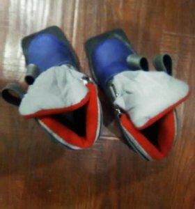 Детская лыжная обувь 30 размер