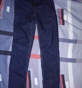 Новые джинсы H&m на резинке
