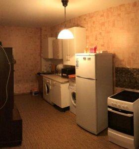 Квартира, 3 комнаты, 72.3 м²