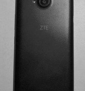 Смартфон ZTE Blade GF3