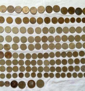продам монеты 60г 70г 80г 90г