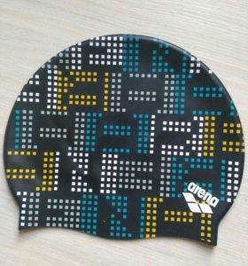 Очень качественная шапочка для плавания Arena