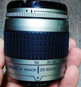 Объектив Nikon AF Nikkor 28-80mm